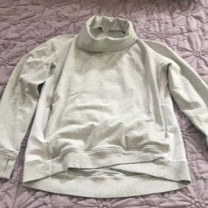 Women Lululemon sweatshirt 10